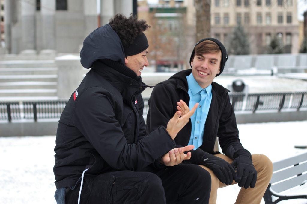 男性2人組の会話